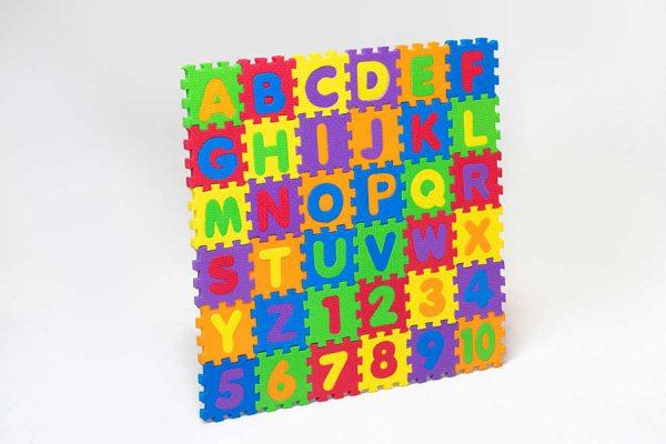 پازل حروف و اعداد لاتین